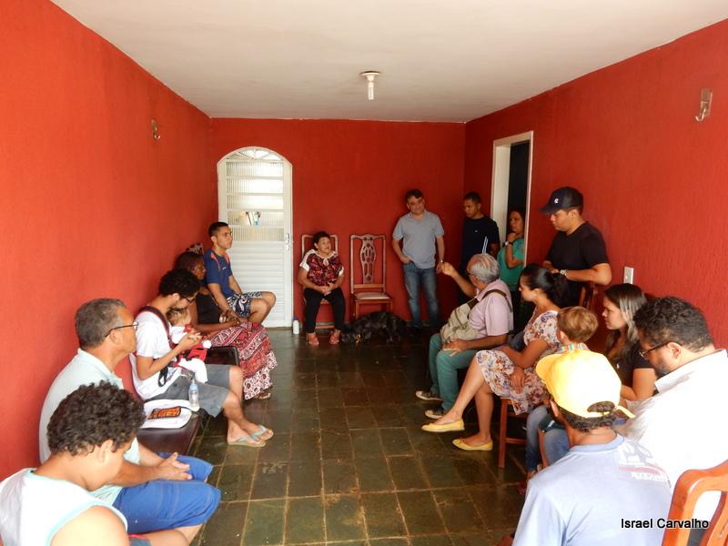 Chico Leite visita moradores do Setor Sul do Gama e ouve reivindicações da comunidade